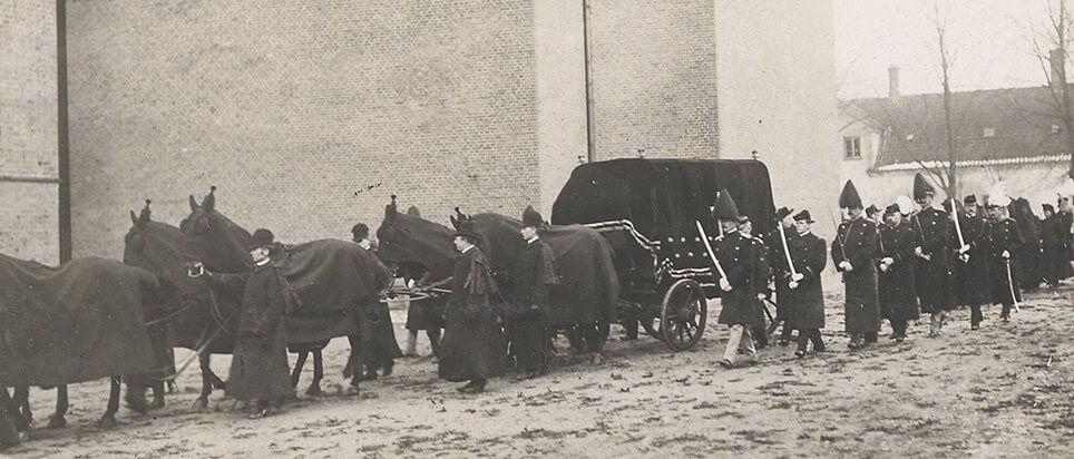 Ligvogn ved Christian 9.s bisættelse i Roskilde 1906