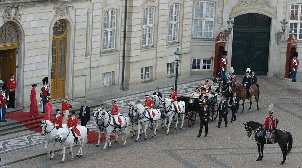 Karettur ved kronprinsparrets bryllup i 2004