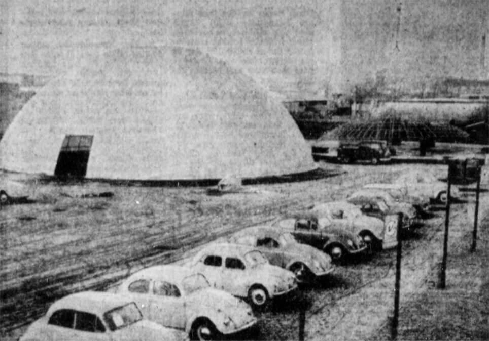 Boblehaller i Aalborg under opstilling i 1963