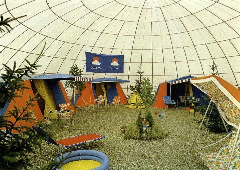 Boblehal anvendt til campingudstilling.
