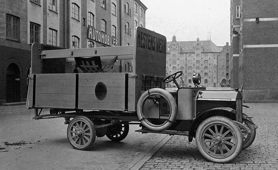 Hestens Værns hesteambulance 1918. Foto: Uffe Mortensens samling.